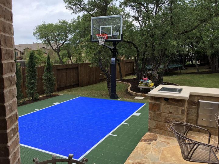 Holt 20 x 60 | Backyard Court